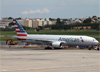 Boeing 777-223ER, N762AN, da American. (10/12/2014)