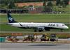 Embraer 195LR, PR-AYJ, da Azul. (10/12/2014)