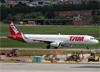 Airbus A321-231 (WL), PT-MXM, da TAM. (10/12/2014)