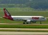Airbus A320-214, PR-MYP, da TAM. (12/12/2012)