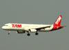 Airbus A321-231, PT-MXH, da TAM. (16/06/2011)