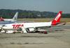 Airbus A330-203, PT-MVH, da TAM. (16/06/2011)