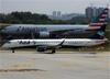 Embraer 195LR, PR-AYD, da Azul. (19/12/2013)