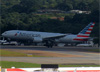 Boeing 777-223ER, N751AN, da American. (19/12/2013)