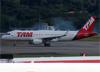 Airbus A320-214 (WL), PR-TYE, da TAM. (19/12/2013)