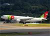 Airbus A330-202, CS-TOO, da TAP. (19/12/2013)