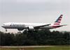 Boeing 777-323ER, N722AN, da American. (19/12/2013)