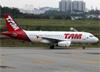 Airbus A319-132, PR-MAL, da TAM. (19/12/2013)