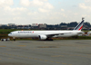 Boeing 777-328ER, F-GSQL, da Air France. (21/04/2013)