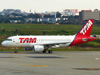Airbus A319-112, PR-MYL, da TAM. (21/04/2013)