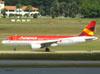 Airbus A320-214, PR-AVR, da Avianca Brasil. (22/03/2012)