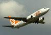 Boeing 737-73V, PR-GIM, da GOL. (22/03/2012)