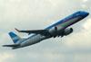 Embraer 190AR, LV-CMB, da Austral. (22/03/2012)