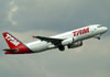 Airbus A320-232, PR-MBX, da TAM. (22/03/2012)