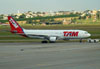 Airbus A330-223, PT-MVV, da TAM. (22/03/2012)
