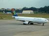 Airbus A330-243, ZS-SXX, da South African. (22/03/2012)