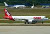 Airbus A320-214, PR-MHV, da TAM. (22/03/2012)