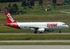 Airbus A320-232, PR-MBZ, da TAM. (22/03/2012)