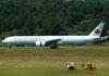 Boeing 777-333ER, C-FIUL, da Air Canada. (22/03/2012)