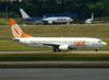 Boeing 737-86N, PR-GIW, da GOL. (22/03/2012)