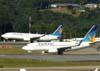 Boeing 737-73A, PR-VBZ, e Boeing 737-8AS, PR-VBC, ambos da Varig. (23/06/2009)