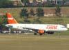 Airbus A320-214, PR-MHF, da TAM. (23/06/2009)