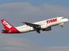 Airbus A320-214, PR-MHM, da TAM. (26/07/2012)