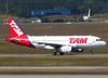 Airbus A319-132, PR-MAN, da TAM. (26/07/2012)