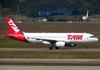 Airbus A320-232, PR-MBA, da TAM. (26/07/2012)