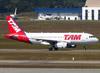 Airbus A319-132, PR-MAI, da TAM. (26/07/2012)