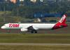 Airbus A321-231, PT-MXI, da TAM. (26/07/2012)