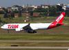 Airbus A330-203, PT-MVK, da TAM. (26/07/2012)