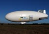 Airship do Brasil ADB 3-X01, prefixo PR-ZOV, sendo puxado para decolar em São Carlos (SP). (14/07/2017)