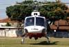 Eurocopter AS-350B2 Esquilo, PP-EOY, Águia 10 da Polícia Militar do Estado de São Paulo, preparando-se para decolar do Estádio Rui Barbosa, em São Carlos. (05/09/2009)