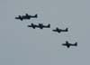 Tucanos 7, 4, 3, 6, 2, 7, da Esquadrilha da Fumaça treinando sobre a cidade de São Carlos. (15/12/06)