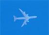 Boeing 747-8R7F, LX-VCE, da Cargolux sobrevoando São Carlos (SP). (29/07/2018)