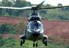 Eurocopter AS-532UE Cougar (HM-3), EB 4004, do Exército Brasileiro, decolando da Helibras, em Itajubá (MG). (19/03/2010)