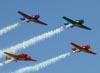 Apresentação do Circo Aéreo (Esquadrilha Oi) no Domingo Aéreo da AFA, em Pirassununga. (01/08/2010).