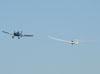 Embraer EMB-201R Ipanema (G-19), FAB 0152, rebocando o Schempp-Hirth Duo Discus (TZ-17), ambos do CVV-AFA (Clube de Voo a Vela da Academia da Força Aérea).