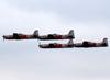 Quatro Embraer EMB-312 (T-27 Tucano) da Academia da Força Aérea. (11/08/2013)