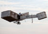 Alan Calassa pilotando sua terceira réplica do 14bis. (13/08/2017)