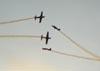 Duplo cruzamento dos Tucanos 1, 2 ,3 e 4 da Esquadrilha da Fumaça.