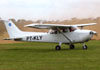 Cessna 172M Skyhawk, PT-KLY, do Aeroclube de Campinas. (22/06/2013)