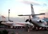 A partir da esquerda, o Dassault Falcon 2000LX, N151EX, e o Dassault Falcon 900EX, F-HBDA. (15/08/2008)