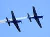 Embraer EMB-312 (T-27 Tucano) 5 e 6 da Esquadrilha da Fumaça. Foto: Eduardo Martins. (22/05/2011)