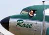 """O comandante Doug na janela da cabine de comando do Douglas DC-3 """"Rose"""", N101KC, no Aeroporto Campo dos Amarais, em Campinas. (30/08/2007)"""