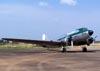 """Douglas DC-3 """"Rose"""", N101KC, estacionado ao lado do hangar que fica ao lado da torre de controle do aeroporto de São Carlos. (30/08/2007)"""