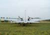 """O Douglas DC-3 """"Rose"""", N101KC, aguardando o reabastecimento no Aeroporto Campo dos Amarais, em Campinas. (30/08/2007)"""