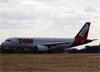 Airbus A320-214, PR-MBL, da TAM. (15/06/2014)