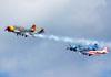 Demonstração do Team Aerostars com seus Yakovlev/Aerostar YAK-52. (21/07/2015) Foto: Ricardo Rizzo Correia
